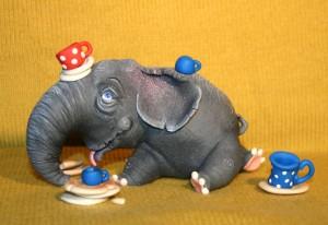 Слон и разбитая посуда